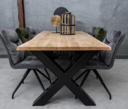 Industriële eiken boomstamtafel met stoelen SET